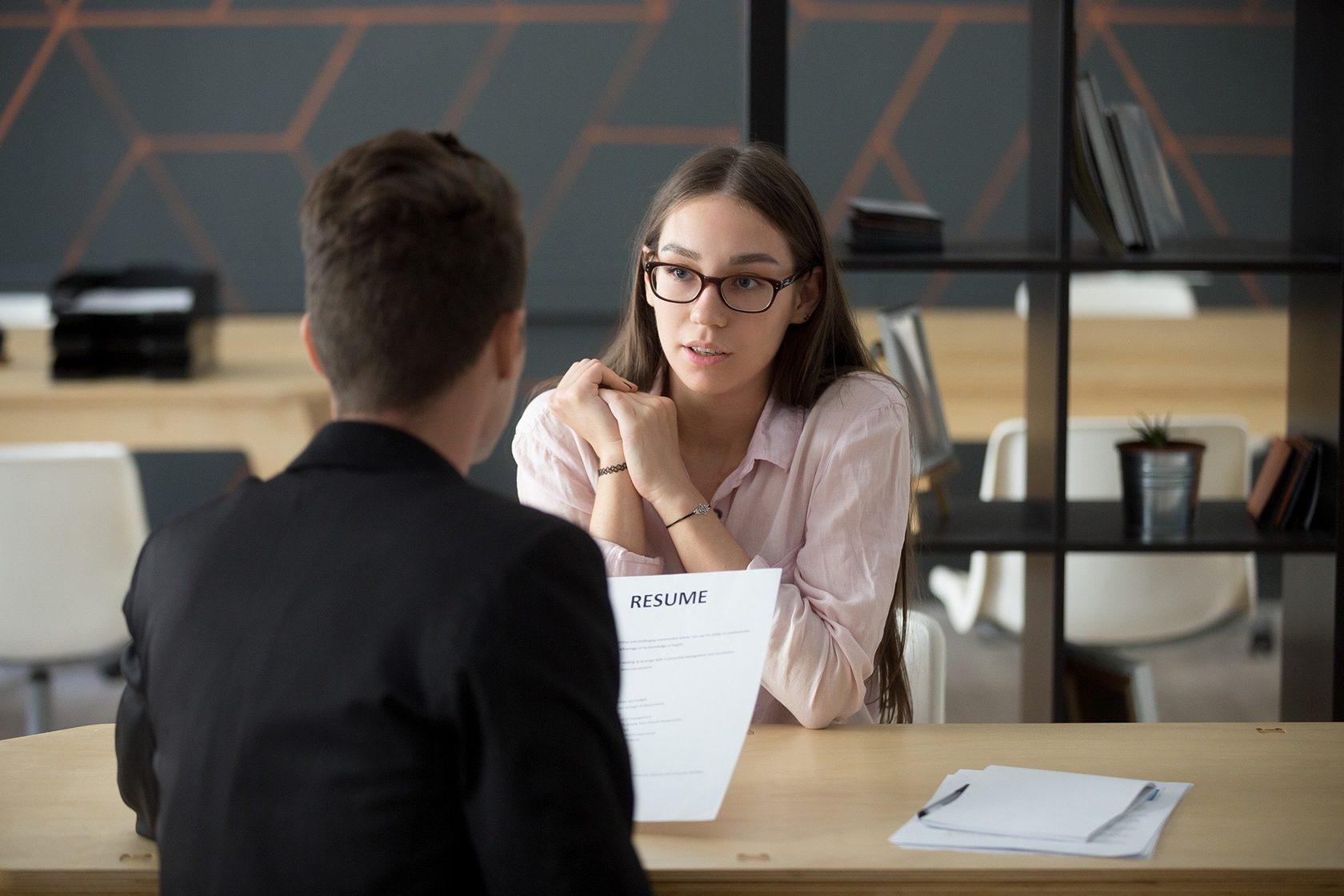 Диалог на собеседовании при приеме на работу