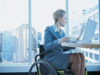 Как выполняется требование создавать специальные рабочие места для трудоустройства инвалидов