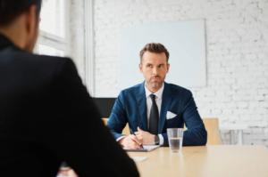 Поведение при встрече
